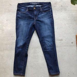 AMERICAN EAGLE | Jegging Crop Dark Wash Jeans